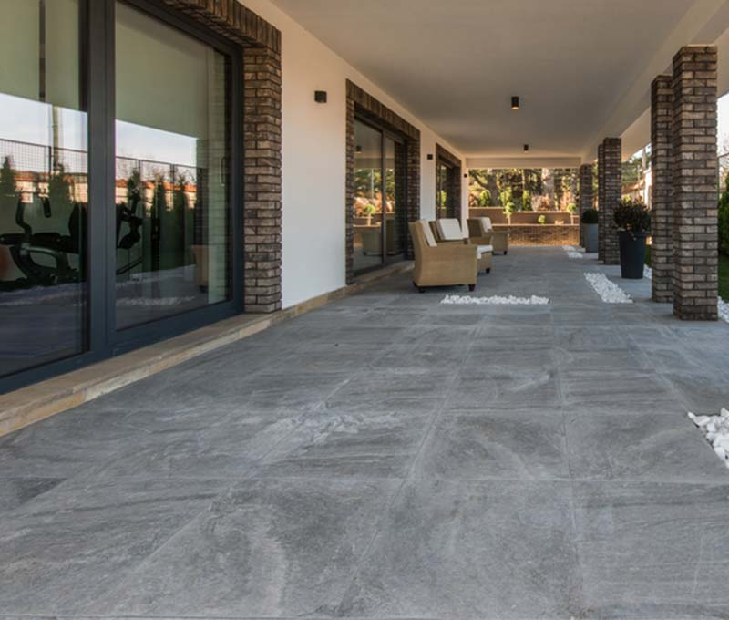 Installation dalle beton